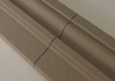 Beschichtetes-Fassadenprofil-mit-Markierung