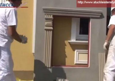 Zierelemente an Fassadenstuck Fensterumrandung