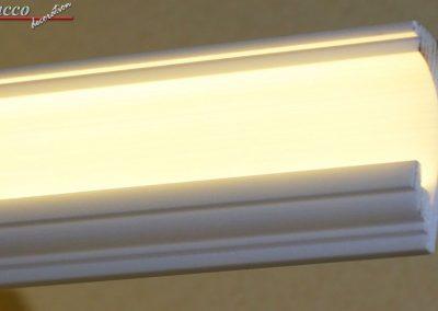 LED Stuckprofil mit Reflektorleiste