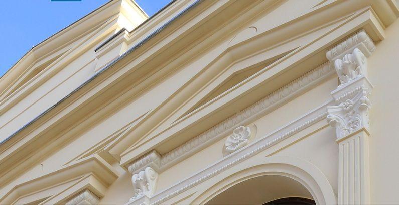 Maßgefertiger Fassadenstuck