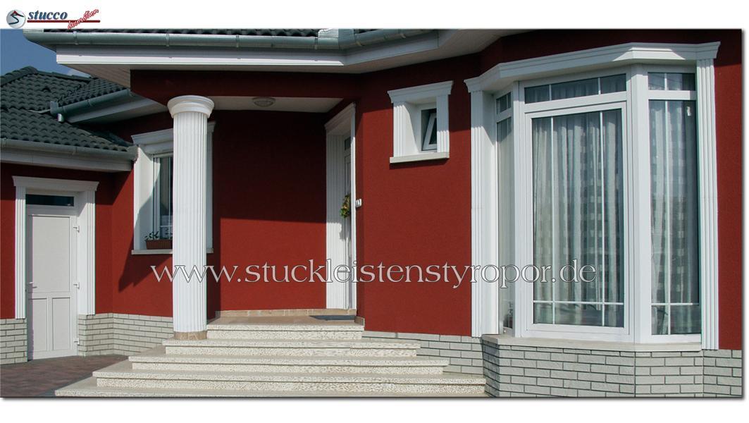 Kannelierte Säulen und Fassadenprofile für einheitlichen Look