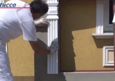 Unbeschichtetes Fassadenprofil ankleben