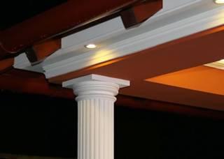 Beschichtete Fassadenprofile und beschichtete Säulenverkleidung